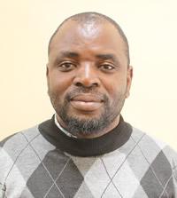 Ronald Mandumbu