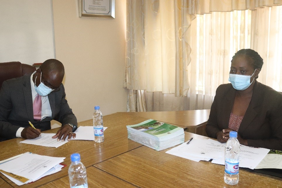 BUSE and Ministry of Environment in Climate Change Collaboration Pact